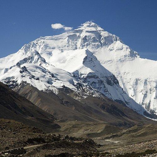 世界の高い山ランキングトップ10!世界最高峰はエベレスト8,848m!!